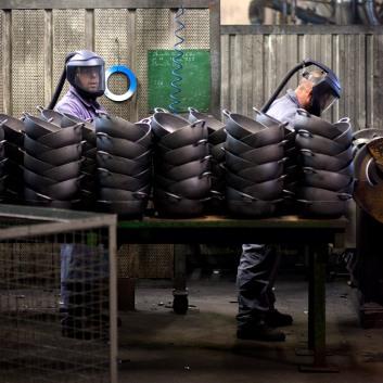 Reportage dans l'usine le creuset a Fresnoy le grand (02230)